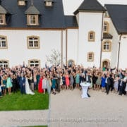photo de groupe de maraige au chateau d'urspelt